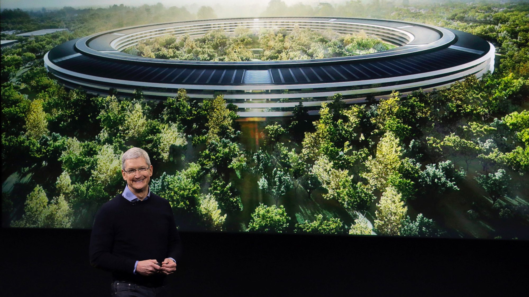 tim cook apple campus