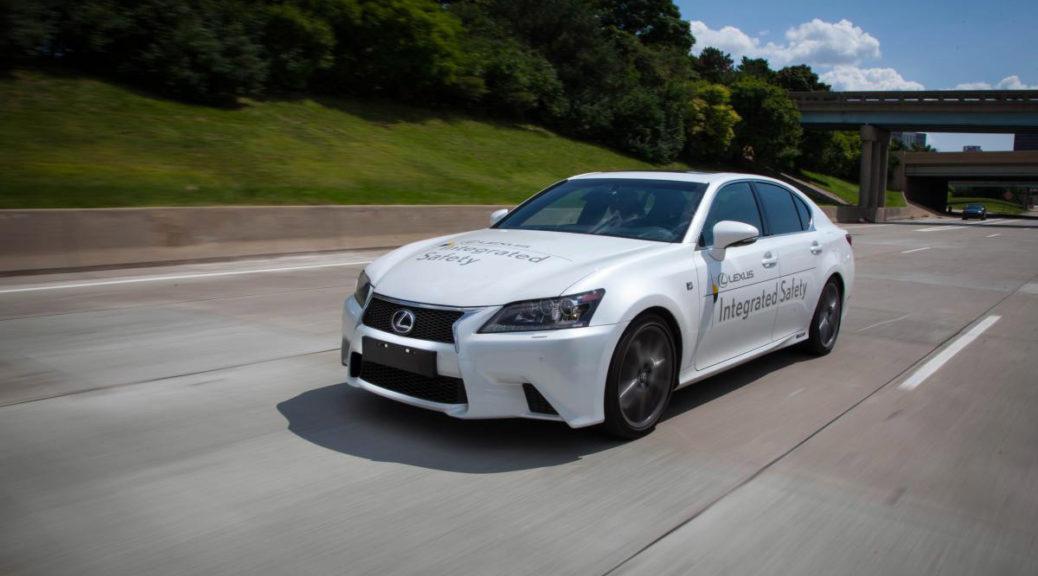 Lexus GS self-driving interior