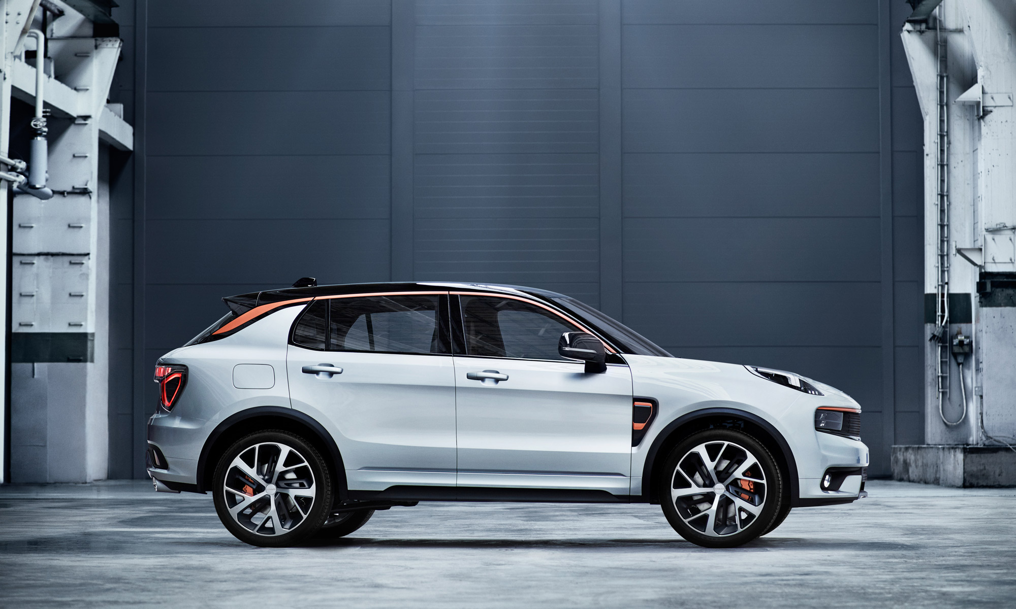 Lynk & Co 01 connected SUV