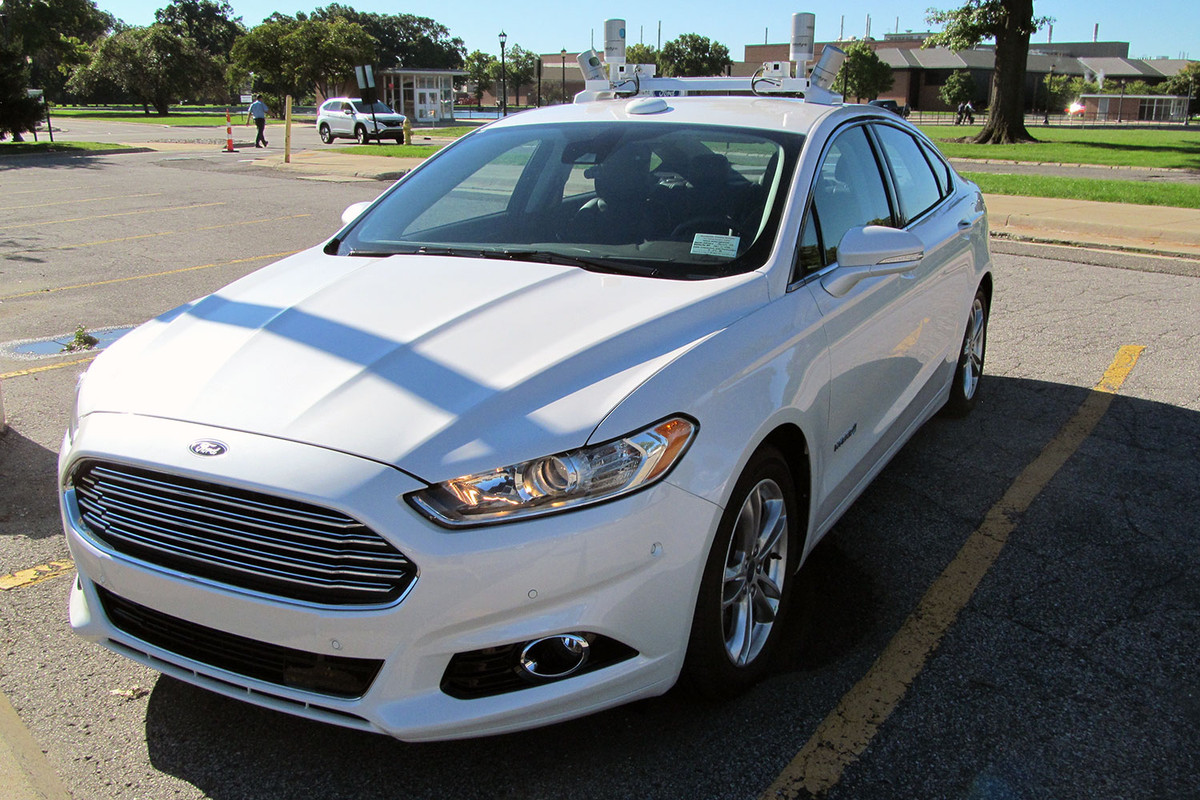 self driving autonomous ford fusion