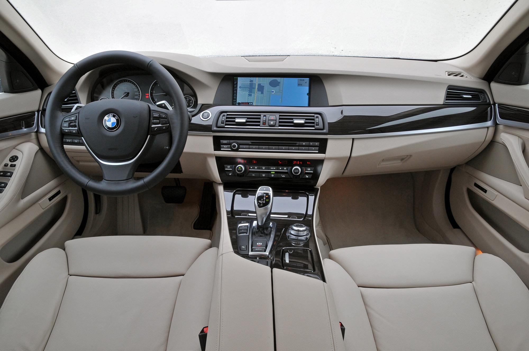 BMW 550i interior