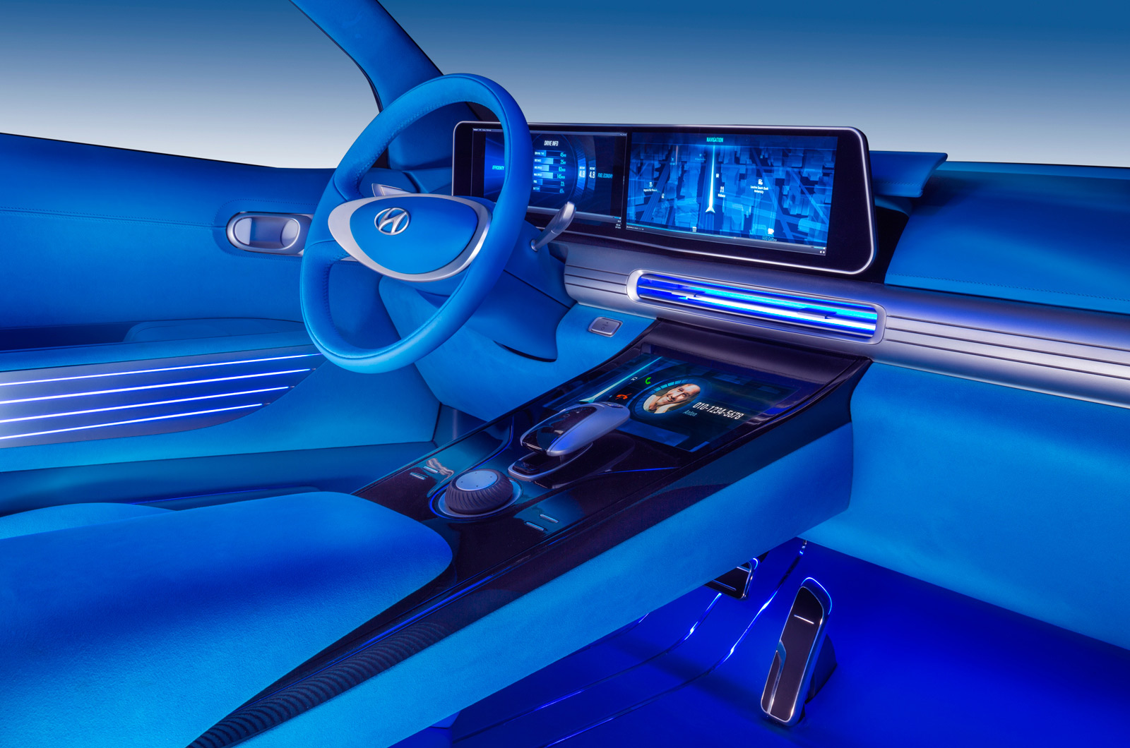 Hyundai FE Fuel Cell Concept interior