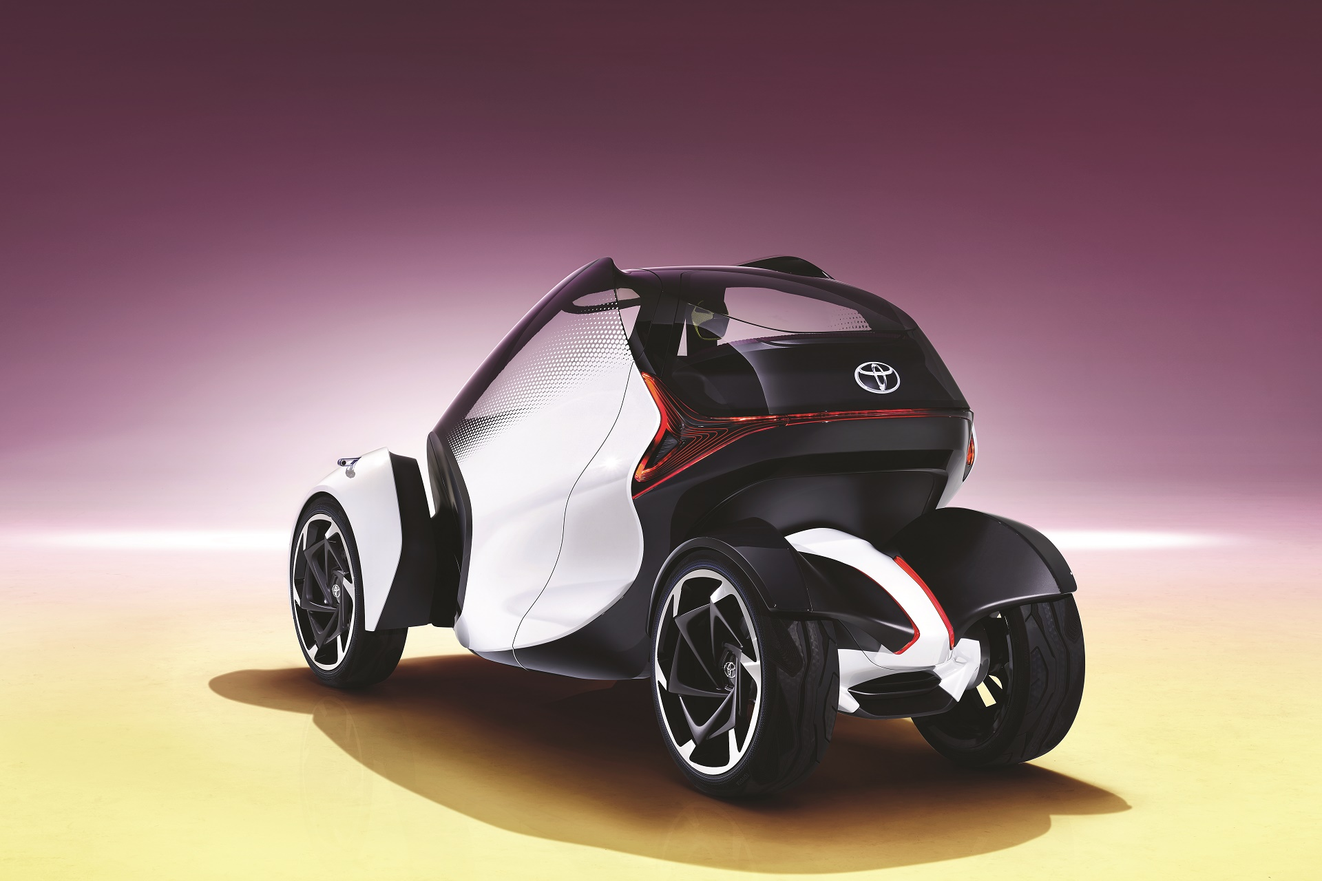 Toyota i-Tril Concept (4)
