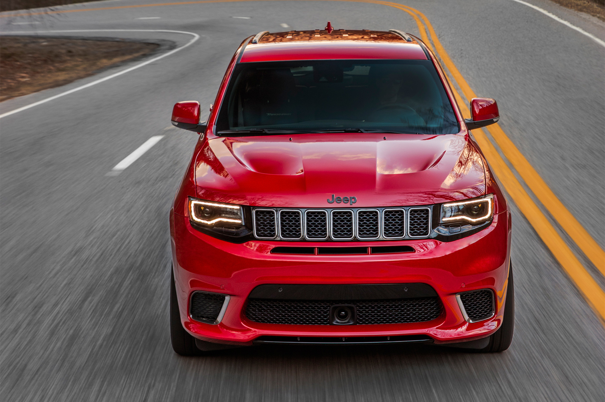 Jeep Grand Cherokee Trackhawk Apple CarPlay