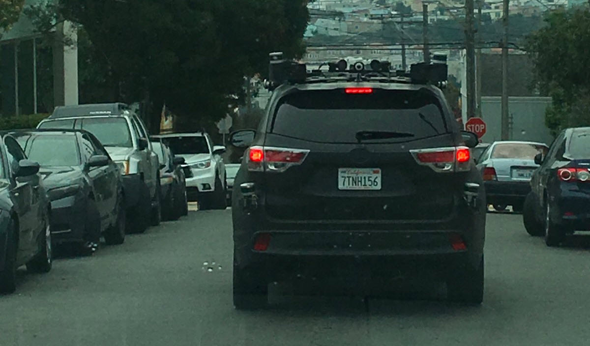 self driving car toyota