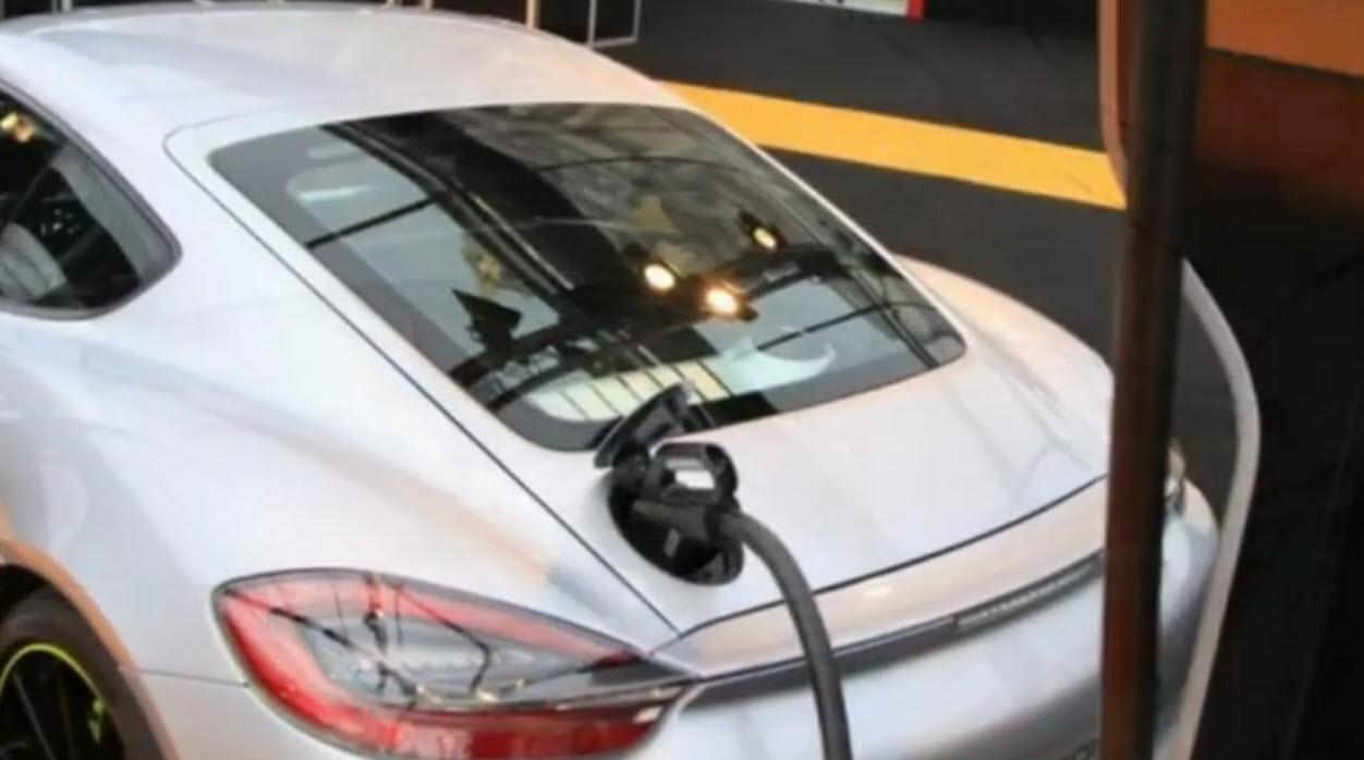 porsche cayman e-volution charge