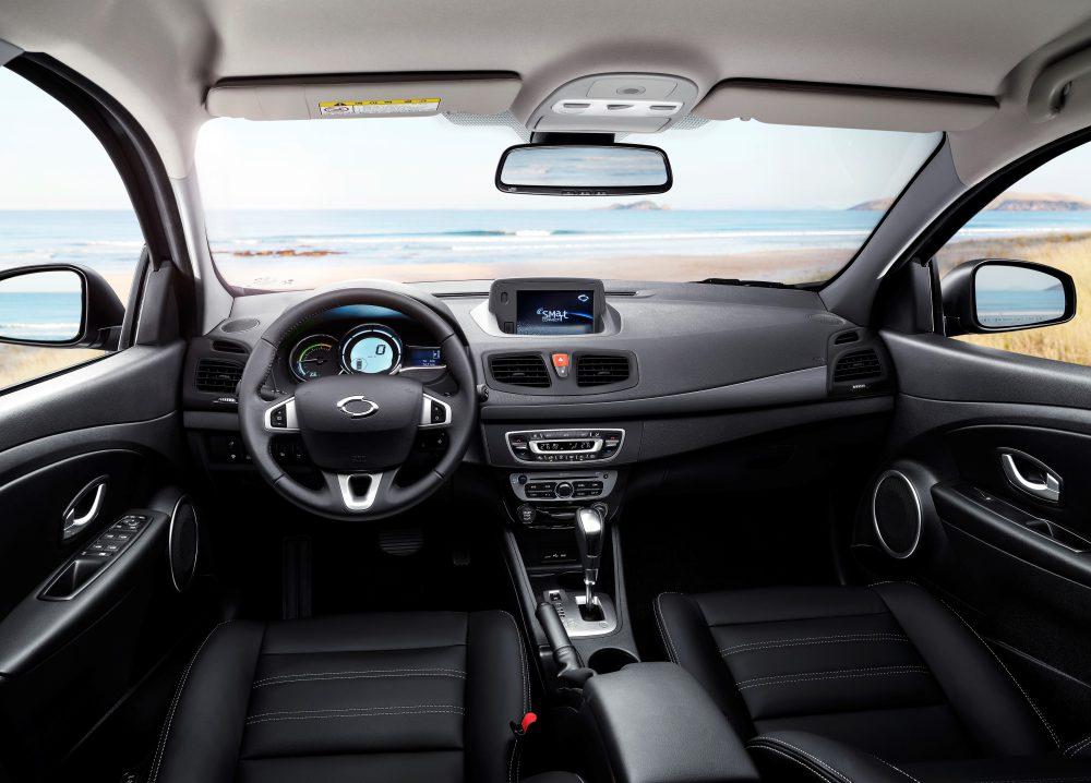 Samsung SM3 ZE interior