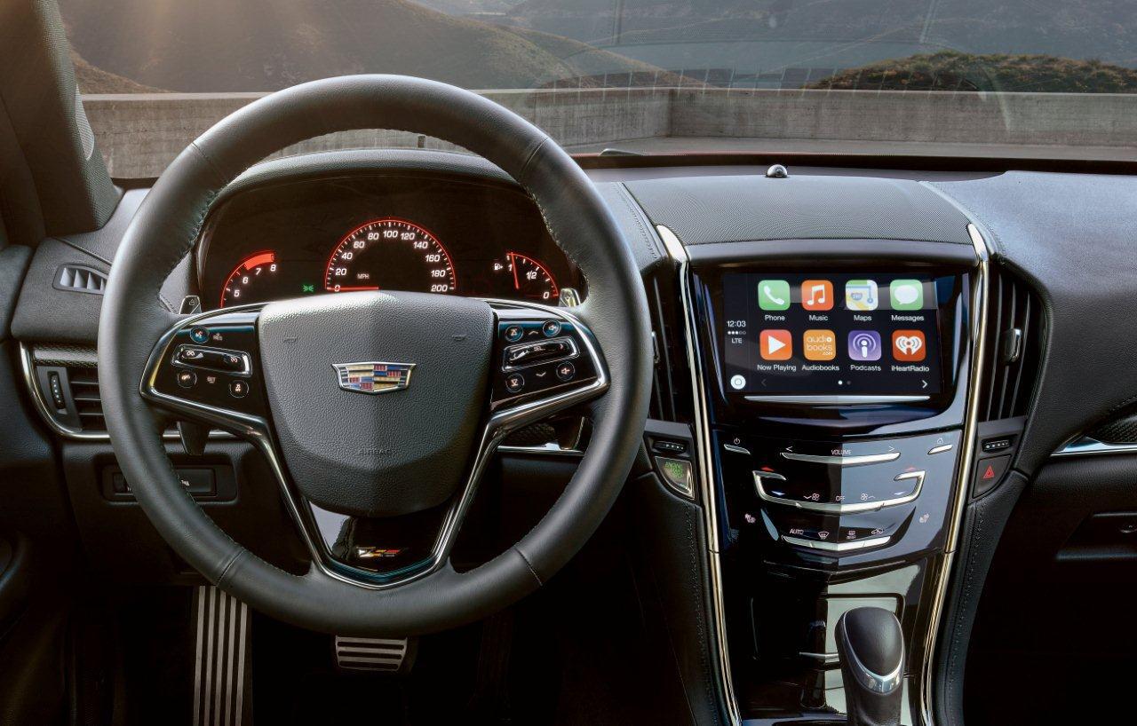 Cadillac Apple CarPlay