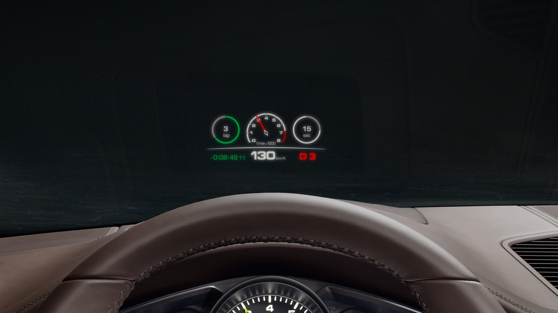 Porsche Cayenne e hybrid interior 3
