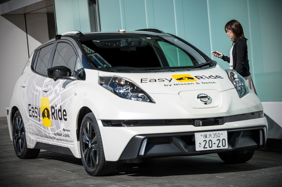 nissan self driving taxi