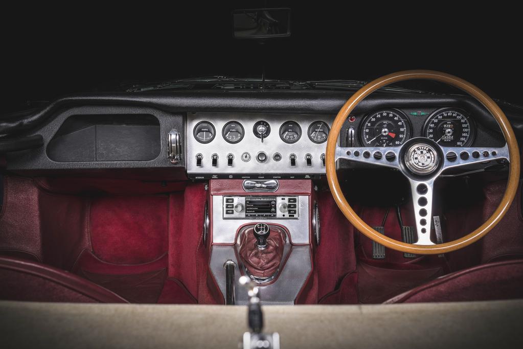 Jaguar Land Rover infotainment
