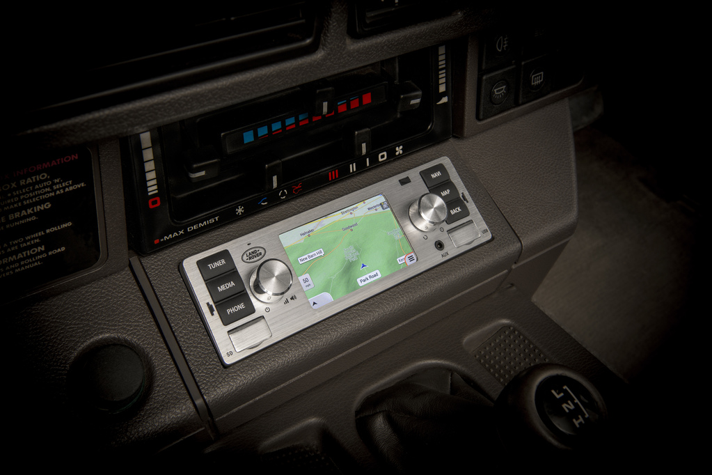 Jaguar Land Rover infotainment