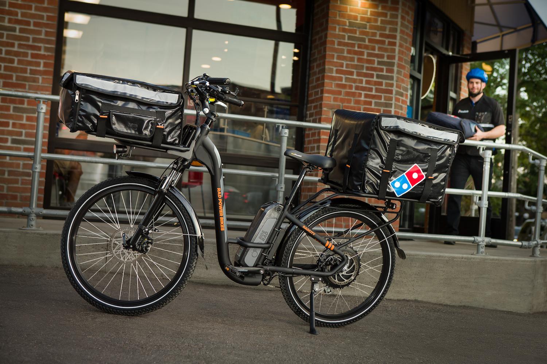 Domino's Pizza ηλεκτρικά ποδήλατα