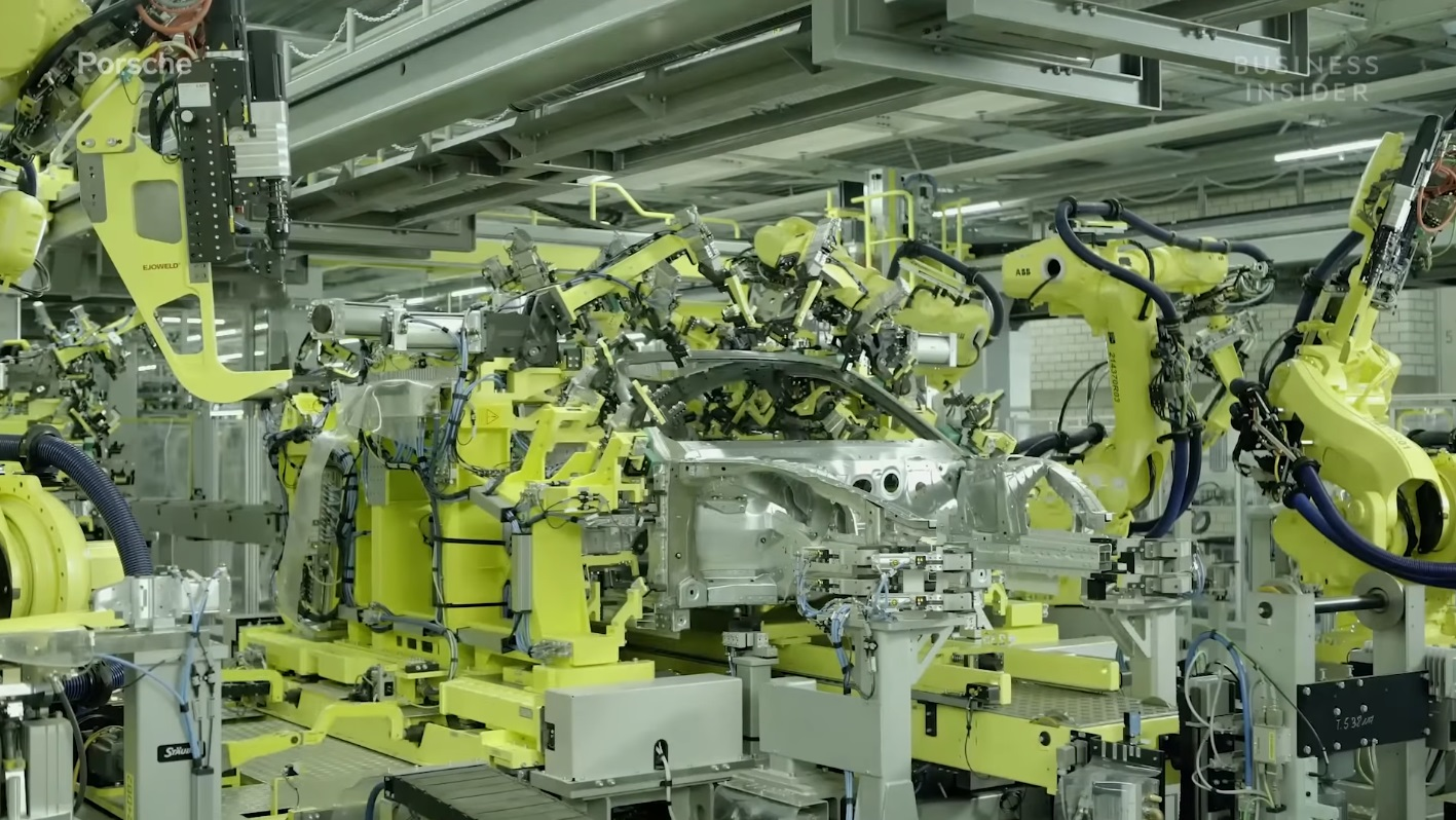 Porsche Taycan Production Line 000