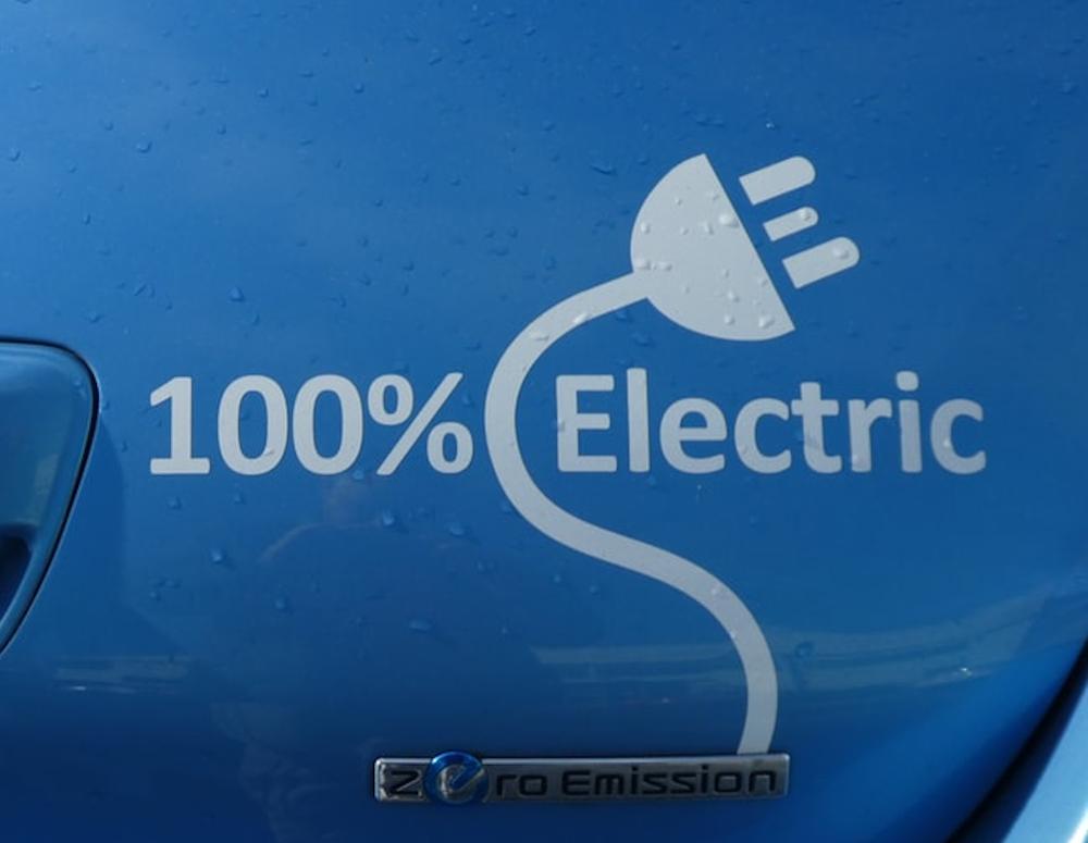 Ενίσχυση έως και 4.500 ευρώ για την αγορά ηλεκτρικού αυτοκινήτου στην Ελλάδα