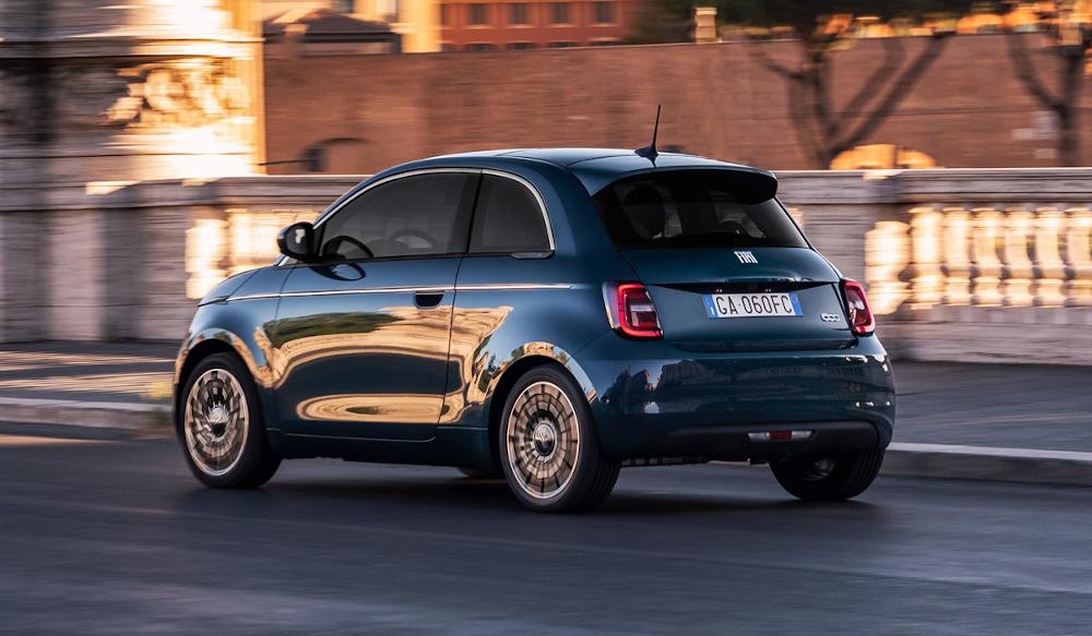 Fiat 500e La Prima: Έτοιμη για προπαραγγελία η έκδοση hatchback