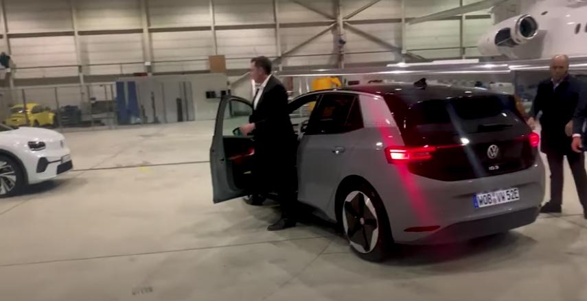 Elon Musk - Volkswagen ID.3