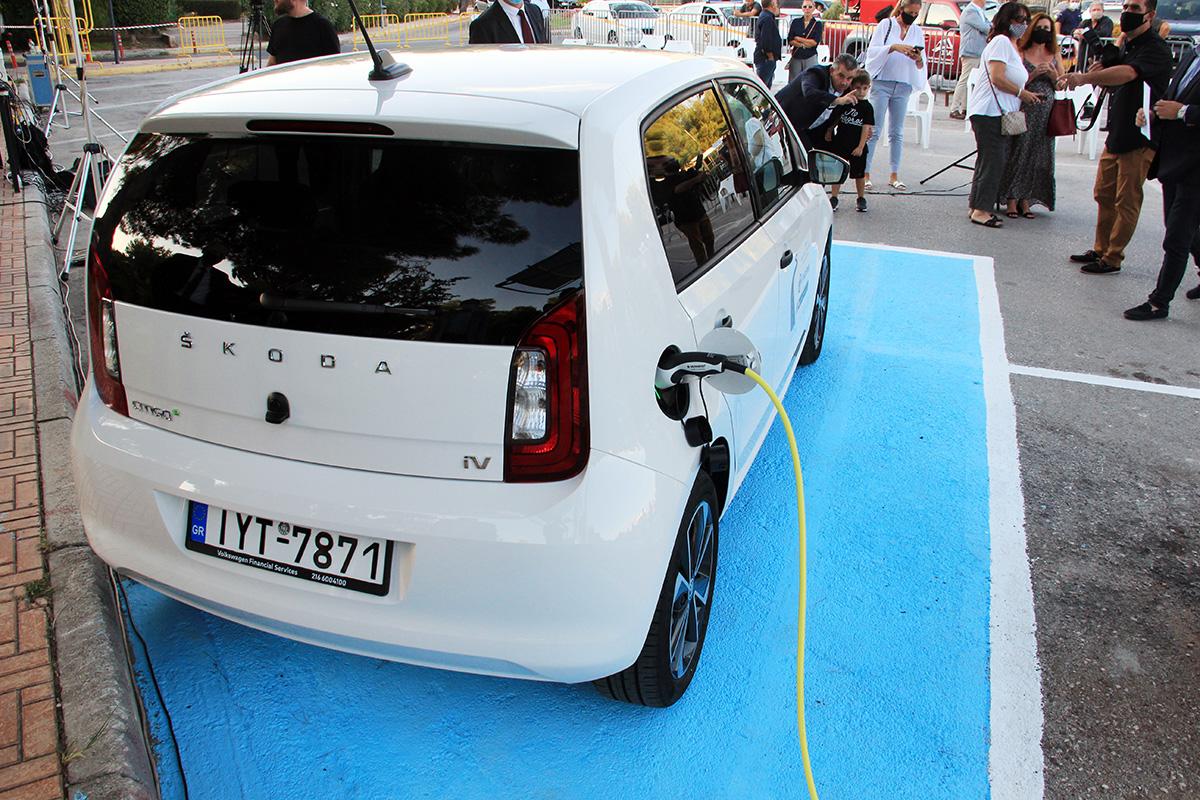 Τι πρέπει να γνωρίζετε για την υπηρεσία κοινής χρήσης αυτοκινήτων ηλεκτρικών αυτοκινήτων του Δήμου Βάρης Βούλας Βουλιαγμένης