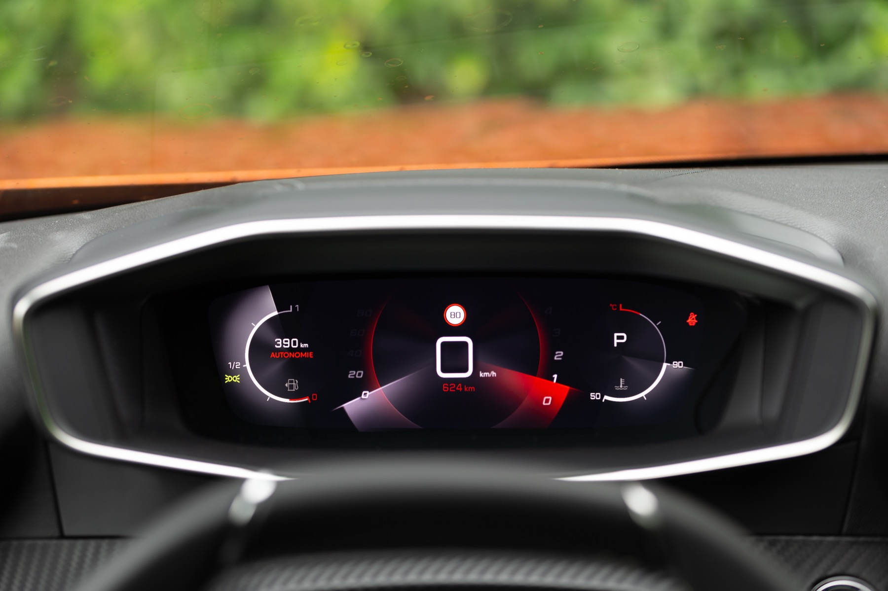 Peugeot e-2008 / i-Cockpit 3D