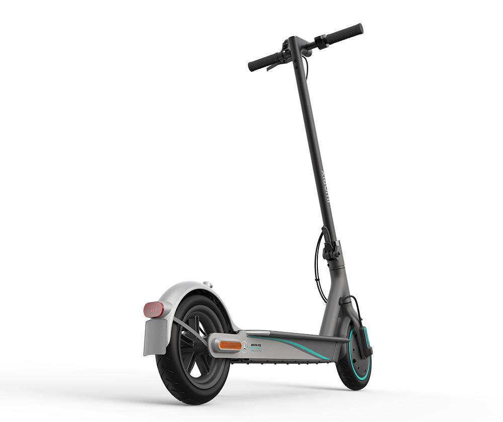 Xiaomi Mi Electric Scooter Pro 2 Mercedes-AMG Petronas F1 Team Edition