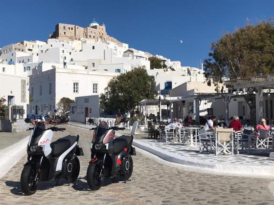 Το ηλεκτρικό scooter Seat Mo θα τριγυρνά στην Αστυπάλαια