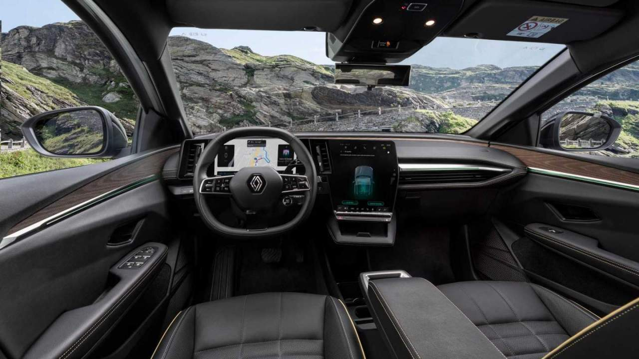 Renault Megane E-Tech: Ηλεκτρικό με αυτονομία 470 χλμ.