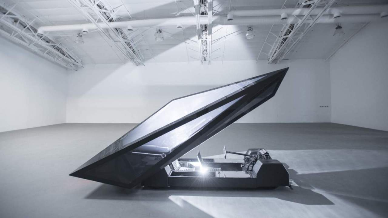 Lo-Res: Ένα τρελό, τρελό αυτοκίνητο με μοναδικό σχεδιασμό