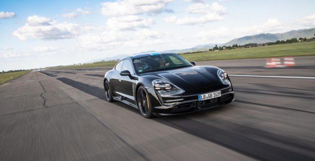 Porsche Taycan 30 0 to 200 in row 004