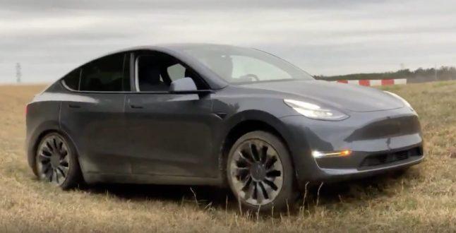 Tesla Y off road